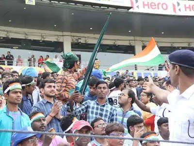 https://in.avalanches.com/kolkata_stalls_around_eden_gardens_goes_frenzy_during_the_test_cricket_match13732_24_11_2019