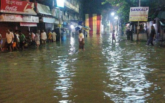 https://in.avalanches.com/kolkata_peoples_life_got_disturbed_due_to_incessant_rainfall_across_the_city11778_14_11_2019