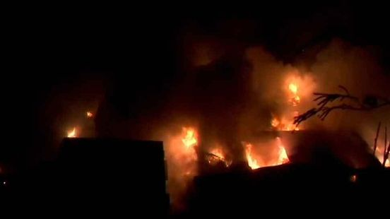 https://in.avalanches.com/mumbai_a_massive_fire_broke_out_in_a_factory20141_27_12_2019