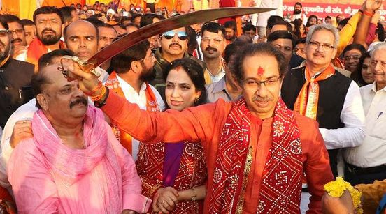 Maharashtra: CM, Sena ministers to visit Ayodhya on completion of 100