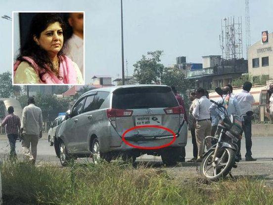 https://in.avalanches.com/mumbai_raj_thackreys_wife_car_accident_near_sanpada4300_05_10_2019