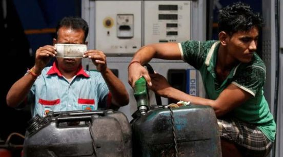 https://in.avalanches.com/mumbai_check_latest_rates_as_petrol_touches_rs_80_in_mumbai2829_28_09_2019
