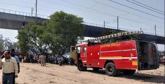 https://in.avalanches.com/mumbai_six_injured_in_a_fire_in_wadala_building5183_10_10_2019