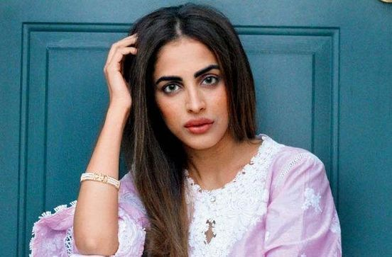 https://in.avalanches.com/mumbai_online_liquor_fraud_from_actress_priya_banerjee_theft_of_35_thousand_18496_19_12_2019