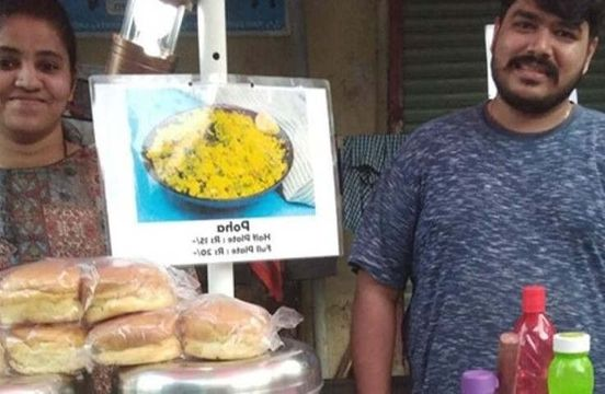 https://in.avalanches.com/mumbai_mba_couple_sells_street_side_food_in_an_act_of_kindness4184_05_10_2019