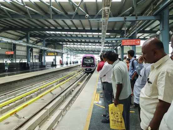 https://in.avalanches.com/bengaluru_metro_ceiling_collapsed_passengers_escaped_luckily5404_11_10_2019