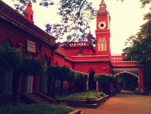 https://in.avalanches.com/bengaluru_the_high_court_revoked_bangalore_university_vicechancellor_kr_venugopal2717_27_09_2019