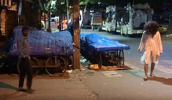 https://in.avalanches.com/bengaluru_youngsters_are_held_for_making_prank_videos_by_scaring_passersby_in_yeshwanthpur11919_15_11_2019