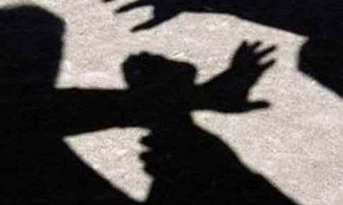 https://in.avalanches.com/bengaluru_an_australian_citizen_thrashed_by_villagers_for_misbehaving_with_an_indian_woman12871_19_11_2019
