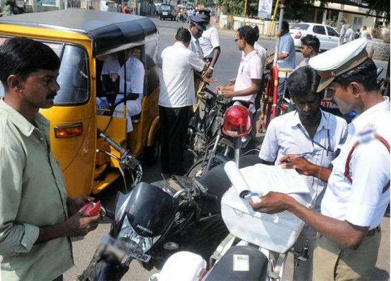 https://in.avalanches.com/bengaluru_techie_assaulted_a_traffic_policeman_for_letting_the_lawbreaker_go7099_22_10_2019