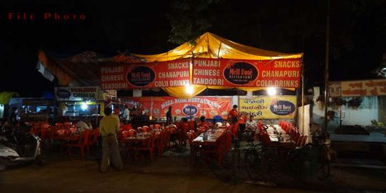 https://in.avalanches.com/ahmedabad_khau_galli_festival_to_get_expensive_for_food_lovers5303_11_10_2019
