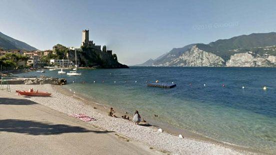 https://it.avalanches.com/verona_in_veneto_bisogna_indossare_una_maschera_in_spiaggia_uno_scherzo_da_p291899_18_05_2020