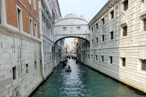 https://it.avalanches.com/venice__i_segreti_di_palazzo_ducale_a_venezia_il_palazzo_ducale_si_presenta_s300849_20_05_2020