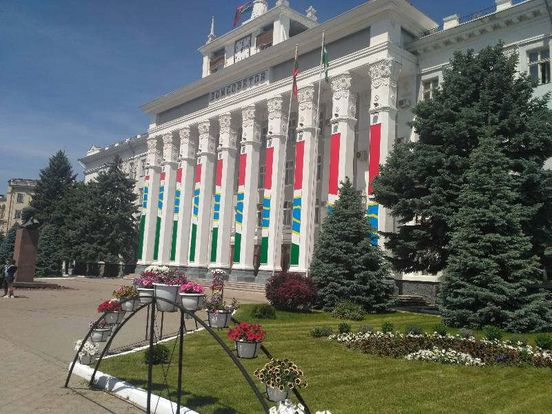https://md.avalanches.com/tiraspol_dom_sovetov_rehyon_moldova_horod_tyraspol_prydnestrove_700_13_08_2019