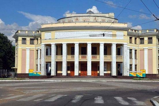 https://md.avalanches.com/tiraspol_prydnestrovskyi_hosudarstvenni_teatr_dram_y_komedyy_ymeny_n_s_aron149120_24_04_2020