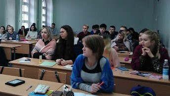 https://md.avalanches.com/bli_student_y_shkolnyky_posetyly_byblyoteku_ym_e_koshery_dlia_pochtenyia_p29122_09_02_2020