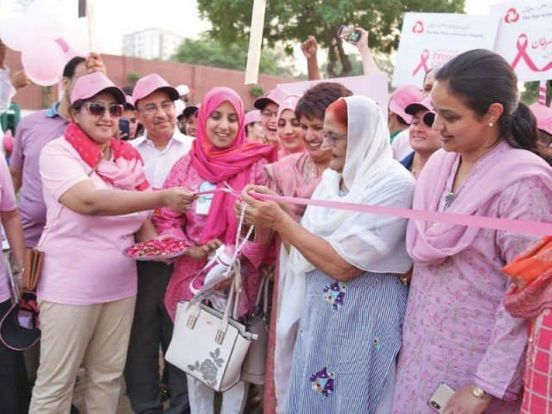 https://pk.avalanches.com/karachi_experts_partaking_in_pink_walk_stress_early_detection_of_breast_cancer7883_26_10_2019
