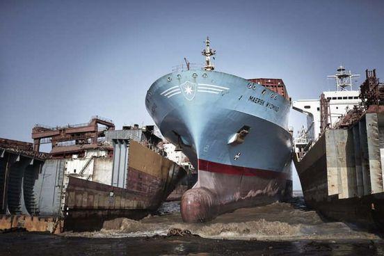 https://pk.avalanches.com/karachi_demonstrators_demand_national_shipbreaking_policy9502_02_11_2019