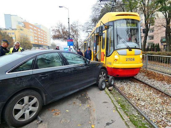 https://pl.avalanches.com/wrocaw_wypadek_samochodowy_na_placu_wrblewskiego85679_13_04_2020