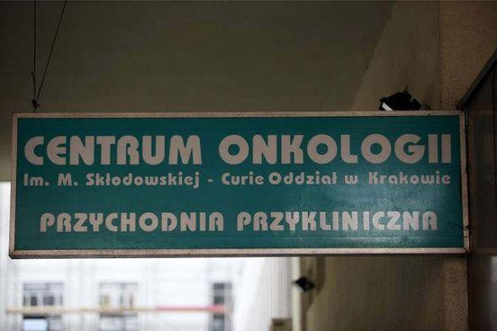 https://pl.avalanches.com/krakw__dyrektor_instytutu_onkologii_odwoany_przez_ministra_zdrowia_co_spowo256803_13_05_2020