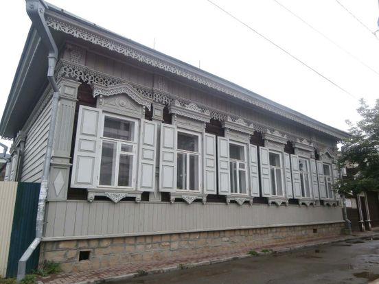 https://ru.avalanches.com/irkutsk__dereviannoe_zodchestvo_h_yrkutska_yznachalno_horod_bl_polnostiu_dere145483_24_04_2020