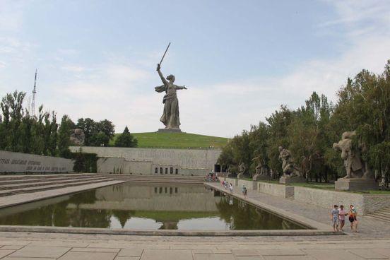 https://ru.avalanches.com/volgograd__mamaev_kurhan_volhohrad_memoryalni_kompleks_vozvedenni_na_meste_121396_20_04_2020