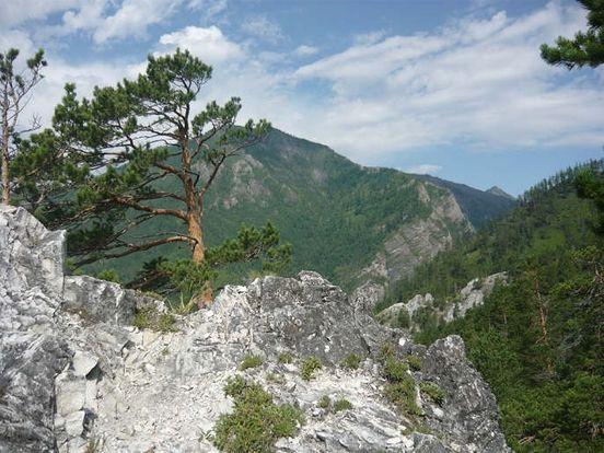https://ru.avalanches.com/arshan_arshan_poselok_u_podnozhyia_saianskykh_hor8799_31_10_2019