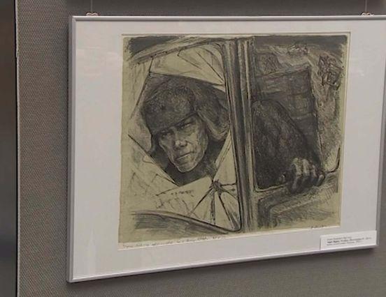 Картины выживших в Ленинграде в Музее политической истории