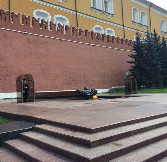 https://ru.avalanches.com/moscow_moskva_stolytsa_rossyy_kazhetsia_chto_ona_dolzhna_vliubliat_no_uv_so_m31399_20_02_2020