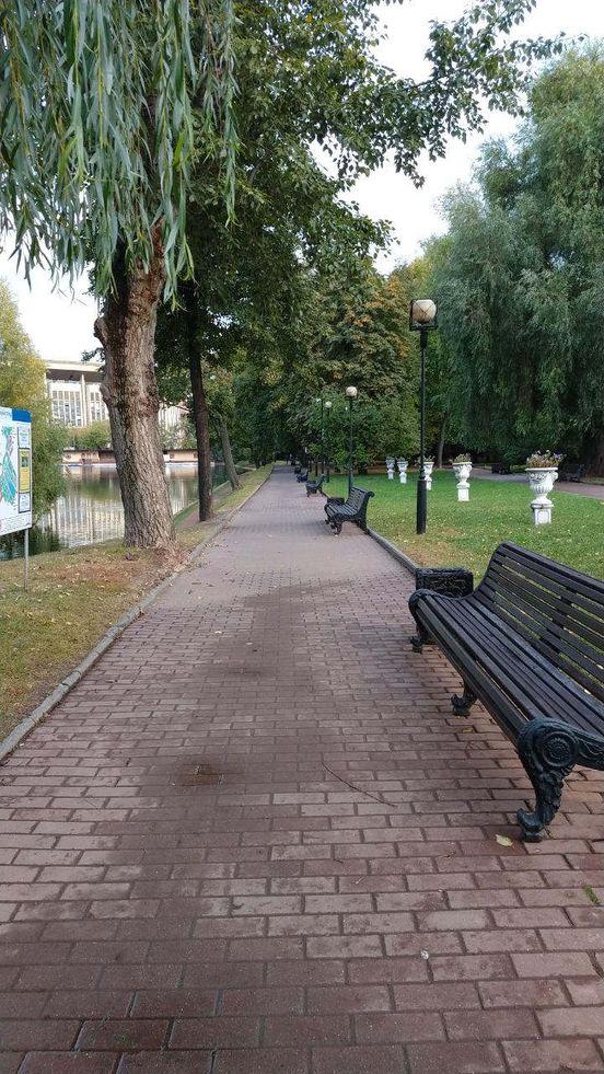 https://ru.avalanches.com/moscow_osennyi_tiud_o_ekaterynskom_parke1873_22_09_2019