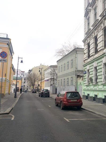 https://ru.avalanches.com/moscow_na_armianskom_pereulke_armianskoe_posolstvo15172_02_12_2019