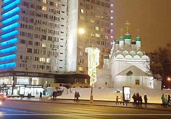 https://ru.avalanches.com/moscow_vecherniaia_prohulka_po_novomu_arbatu_moskva25635_23_01_2020