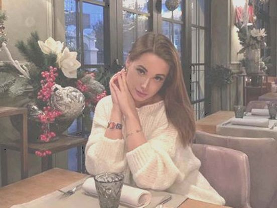 https://ru.avalanches.com/moscow_ekateryna_karahlanova_vlyiatelnaia_lychnost_v_instagram_naidena_zareza20400_29_12_2019