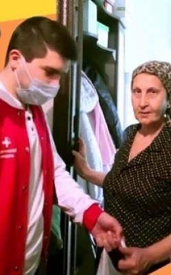 https://ru.avalanches.com/krasnodar__po_vsei_strane_rastet_volonterskoe_dvyzhenye_pomoshchy_nuzhdaiushchymsia_liudiam_38228_23_03_2020