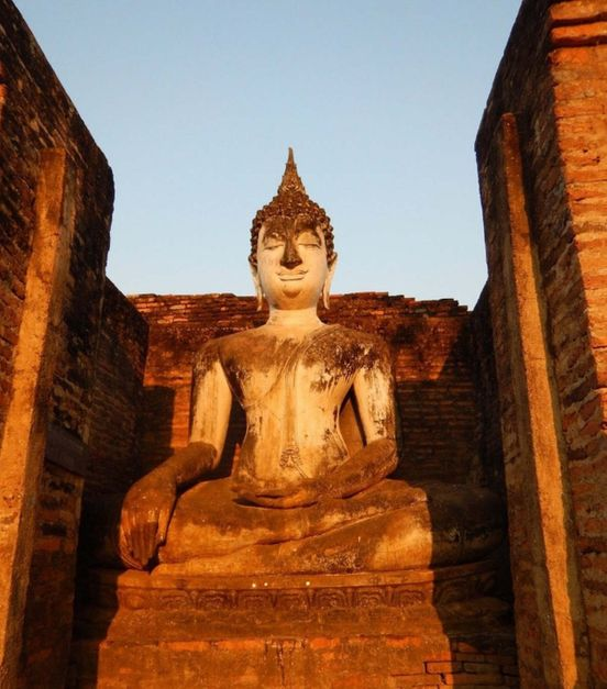 https://th.avalanches.com/sukhothai_this_is_an_interesting_large_architectural_and_archaeological_park_wh22681_10_01_2020