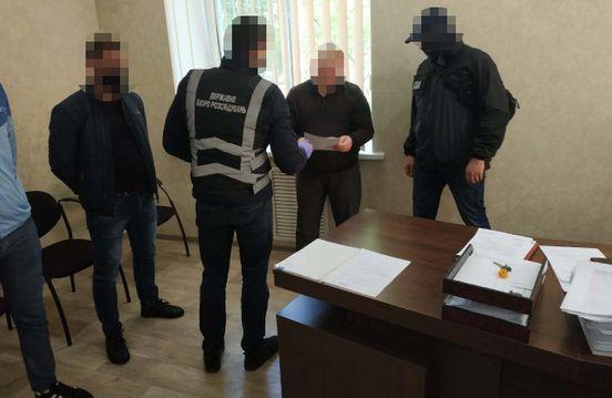 https://ua.avalanches.com/zaporizhia_u_zaporizhzhi_na_khabari_buv_zatrymanyi_polkovnyk_politsii173568_28_04_2020