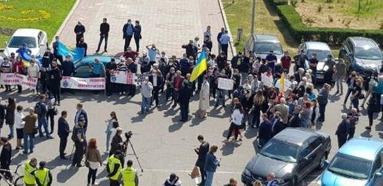 https://ua.avalanches.com/odessa__v_odesi_pid_stinamy_oda_prokhodyt_try_mitynhy_u_vivtorok_19_travnia_n292066_19_05_2020