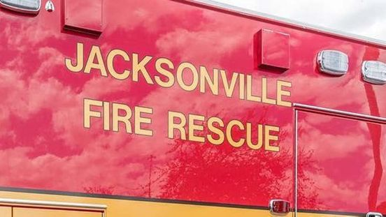 https://us.avalanches.com/jacksonville_firefighter_rescue_crew_safe_a_guy_with_leg_trapped_into_a_propeller285524_17_05_2020