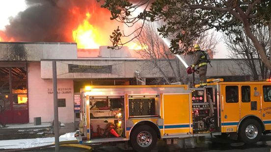 https://us.avalanches.com/california_fire_in_central_california_library_claimed_the_life_of_one_firefighter31335_20_02_2020