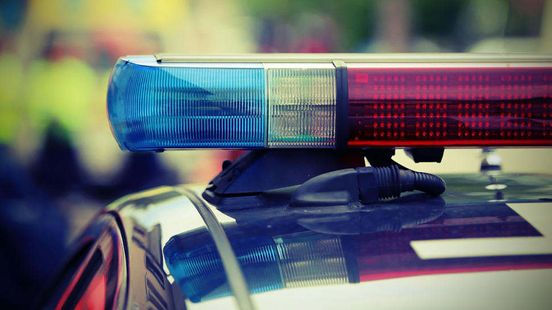 After U.S. Marshals try serving a warrant, man barricaded in south Col