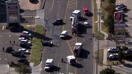 Deadly crash shuts down busy intersection in northwest Oklahoma City