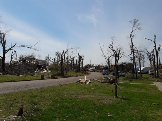 https://us.avalanches.com/chattanooga__no_tornado_warning_tremendous_distruction_in_chattanooga_tn_not_114540_18_04_2020
