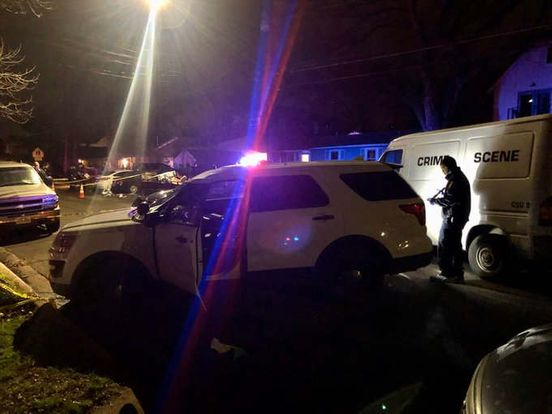 https://us.avalanches.com/austin_man_dies_after_being_stabbed_near_givens_park24648_19_01_2020