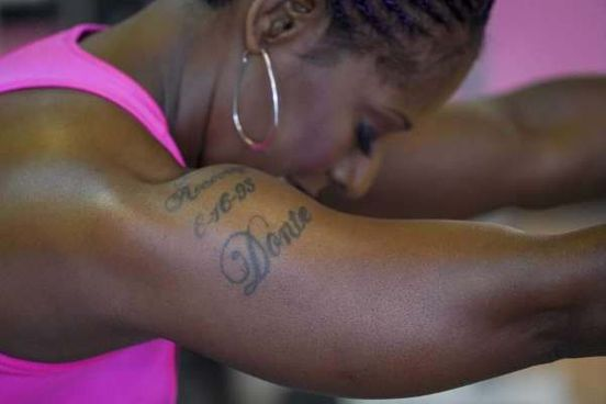 https://us.avalanches.com/houston_felicia_leesextons_gold_hoops_sway_and_her_biceps_bulge_as_she_swings_a_sledgehammer_over_her_head_before_slamming_it_down_on_a_tractor_tireon_one_bicep_a_tattoo_reads_616932379_25_09_2019