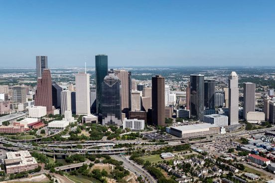 https://us.avalanches.com/houston_houston_has_flat_line_for_hospitalization_for_the_first_time169329_27_04_2020