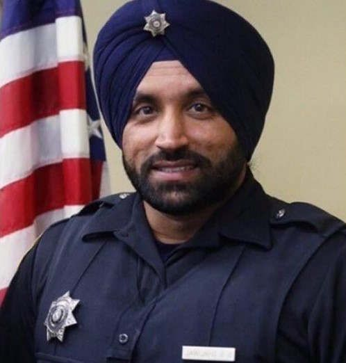 https://us.avalanches.com/houston_sikh_cops_in_houston_can_wear_articles_of_their_faith_on_duty13093_21_11_2019