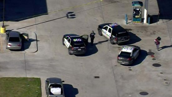 https://us.avalanches.com/houston_suspected_robber_shot_by_clerk_at_northeast_houston_gas_station25229_21_01_2020