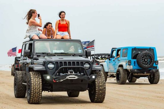 https://us.avalanches.com/houston__crystal_beach_packed_on_go_topless_jeep_weekend_296552_20_05_2020