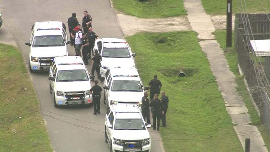 https://us.avalanches.com/houston__highspeed_chase_ended_with_getting_burglary_suspect_arrested_in_nort35851_13_03_2020