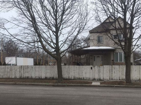 https://us.avalanches.com/chicago_city_officials_stated_there_were_no_signs_of_neglect_at_englewood_home31056_19_02_2020